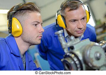 industrial machinery mechanic