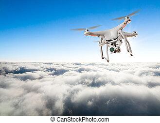 industrial, nubes, vuelo, zángano, sobre, trabaja