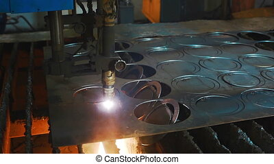 Industrial plasma cutting flat sheet metal