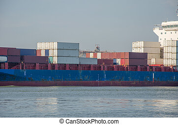 Industrial shipping