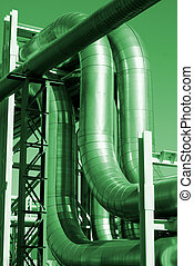 industrial, tuberías, en, pipe-bridge, contra, cielo azul