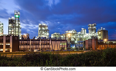 Industrial twilight - Operational petrochemical plant in...