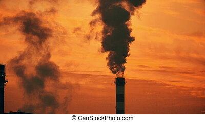 industriel, 4?, usine, fumée, coucher soleil, cheminée