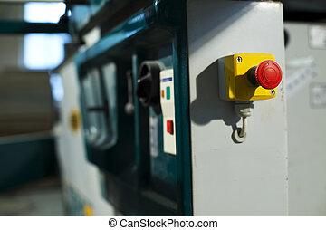 industriel, bouton poussoir d'urgence, arrêt, machine, scie