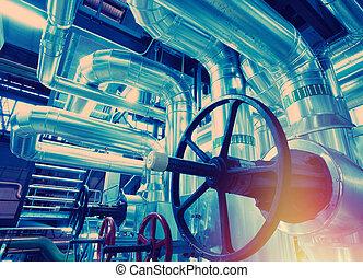 industriel, trouvé, tuyauterie, plante, intérieur, moderne, câbles, propulser équipement