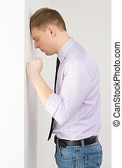 infelice, contro, maturo, riposare, testa, parete, vista, ...