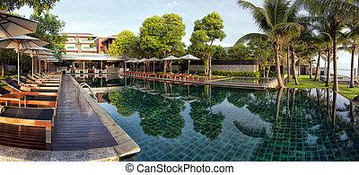 Infinity Pool panorama