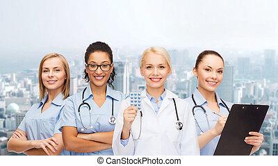 infirmières, sourire, stéthoscope, docteur féminin