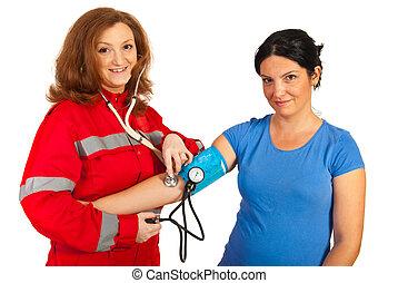 infirmier, femme, patient, heureux