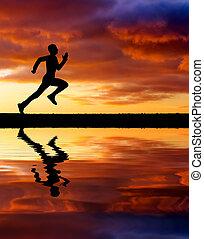 infocato, tramonto, uomo, fondo., correndo, silhouette