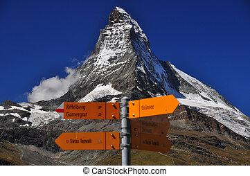 Information signs in front of Matterhorn peak