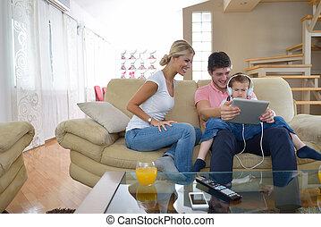 informatique, maison famille, tablette, utilisation