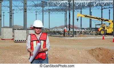 ingénieur travaux publics, femme, jobsite