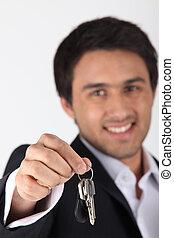 ingatlanügynök, magabiztos, kezelő, kulcsok, felett