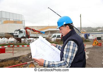 ingenieur, op, gebouw stek, met, bouwplan