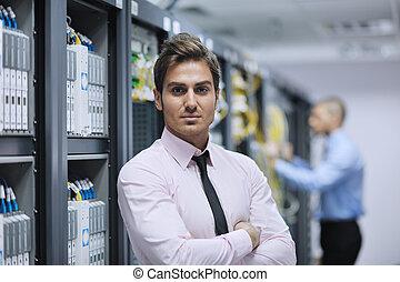 ingenieure, serverraum, vernetzung, ihm