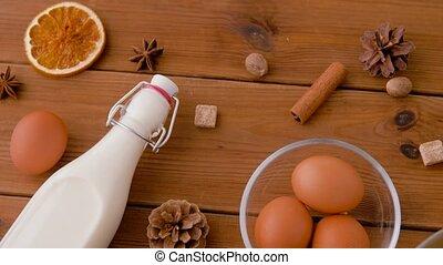 ingrédients, bois, eggnog, épices, pot