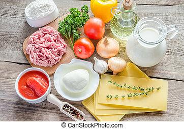 ingredientes, para, lasanha, ligado, a, madeira, fundo