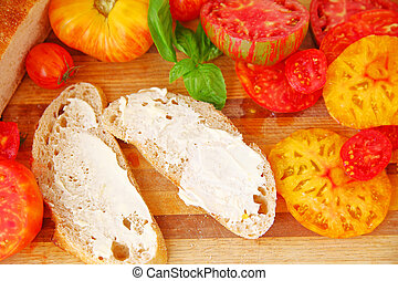 Ingredients for making tomato sandwich