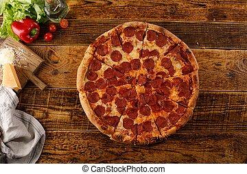 ingredients., pepperoni, encore, pizza, table., bois, vie