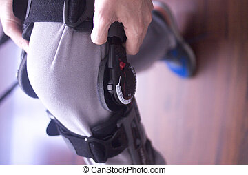 Injury leg brace support - Physical therapy mecical clinic...