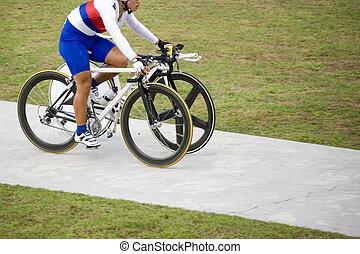 injuste, (two, bicycles, avantage