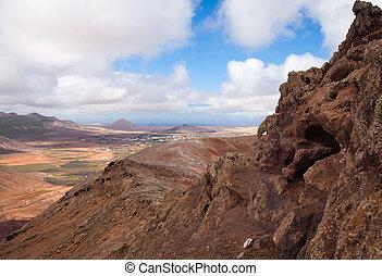 Inland Fuerteventura, view west from Montana de Ecanfraga