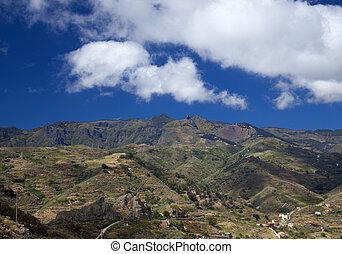 Inland Gran Canaria, April, view towards Las Cumbres, the...