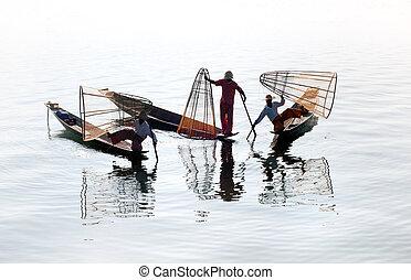 Inle lake fishermen, Burma (Myanma)