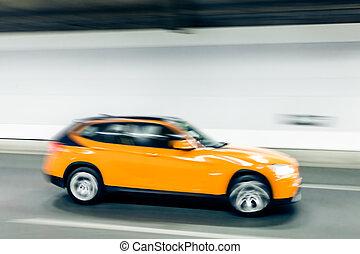 inre, av, en, urban, tunnel, med, bil, fläck