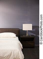 inre, nymodig rum, säng