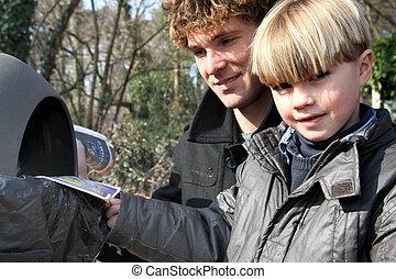 insérer, casier, père, leaflets, fils
