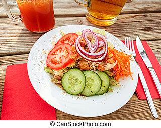 insalata, anelli cipolla, birra, mescolato, rosso