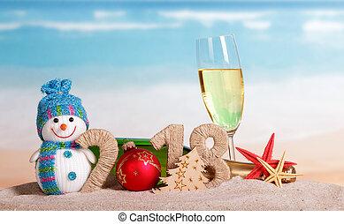 inscription, balle, etoile mer, arbre, sand., nombre, verre, champagne, bonhomme de neige, bouteille, année, instead, 2018, nouveau, noël, 0