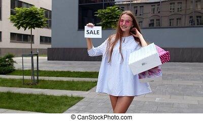 inscription, faire courses ligne, texte, vendredi, jeune, projection, advertisement., girl, prix, bas, noir