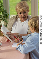 insegnamento, suo, nipote, nonna