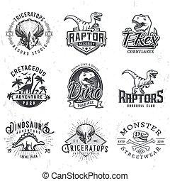 insegne, set, logos., giurassico, cranio, dino, vendemmia, concetto, periodo, illustrazione, t-rex, t-shirt, fondo., badge., squadra, grunge, sport, raptors, design.