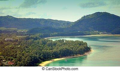 Insel Phuket - Anflug aus der Andaman Insel Phuket- Thailand