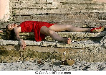 insensato, mujer, sobre el piso