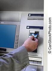 insertar, dispensar, tarjeta del cajero automático, mano