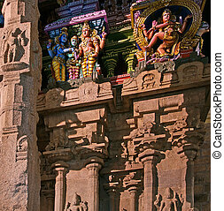 Inside of Meenakshi hindu temple in Madurai, Tamil Nadu, ...