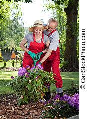 insieme, coppia, giardino, lavorativo