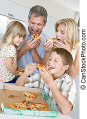 insieme, famiglia, pizza, mangiare