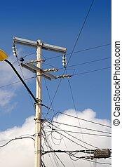 instalación, eléctrico, cableado, eléctrico, desordenado, torre