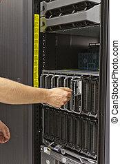 Installing Blade Server