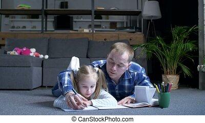 instruire maison, de, utile, papa, et, peu, fille