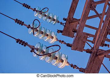 insulators, poder, electricidade, -, alto, vidro, parte, voltagem, linha transmissão, torre