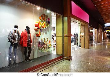 intérieur, centre commercial, magasins, européen