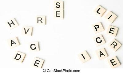 int, bourdonnement, mots, attention clientèle, formé