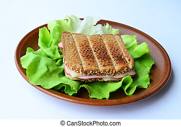 Integral toast, ham and cheese sandwich 1